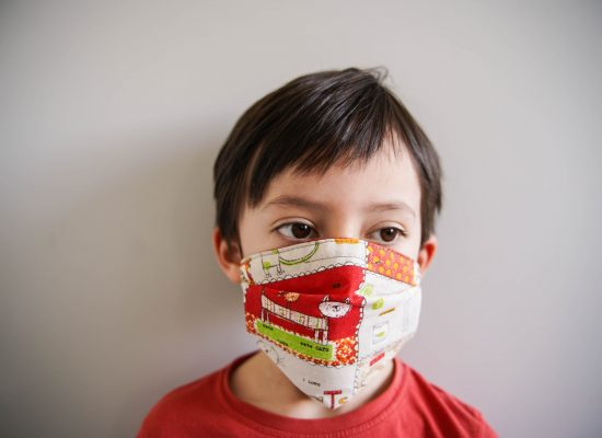ALT-tuto-couture-masque-tissu-enfant-a-plis-pli-afnor-DSC06424
