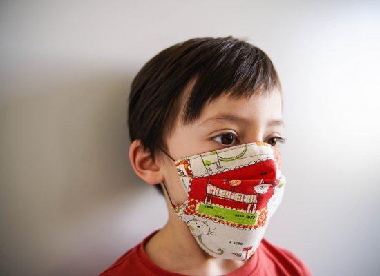 ALT-tuto-couture-masque-tissu-enfant-a-plis-pli-afnor-DSC06425
