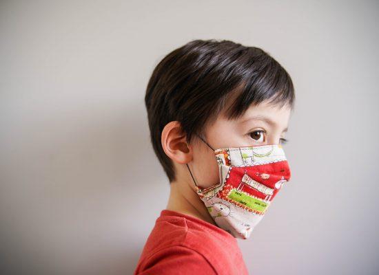 ALT-tuto-couture-masque-tissu-enfant-a-plis-pli-afnor-DSC06426