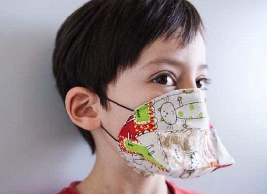 ALT-tuto-couture-masque-tissu-enfant-canard-afnor-DSC06422